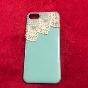 Accessories - Pearl & Lace hard IPhone 5 case